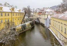 Praga ad orario invernale immagini stock libere da diritti