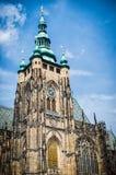 Praga, cattedrale di Vitus del san sul fondo del cielo Immagini Stock Libere da Diritti