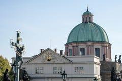 PRAGA, czech REPUBLIC/EUROPE - WRZESIEŃ 24: Statuaryczny St Cr Obraz Royalty Free