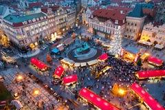 PRAGA, czech REPUBLIC-JAN 05, 2013: Praga bożych narodzeń rynek Zdjęcia Stock