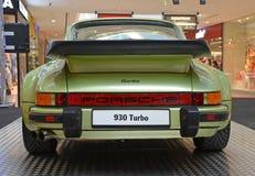 PRAGA - 14 DE ABRIL: Porsche 930 Turbo (1974) Imagen de archivo
