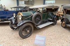 PRAGA - 12 DE MAYO: El coche del vintage en la exhibición en la tecnología nacional Imagenes de archivo