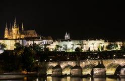 Praga de Night Foto de archivo libre de regalías