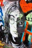 PRAGA - 8 de noviembre - pared de Praga Lennon, República Checa, Europa Imagen de archivo libre de regalías