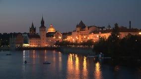 Praga en el lapso de la noche, República Checa almacen de video