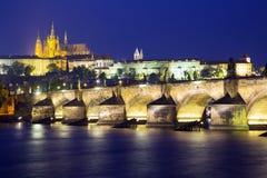 Praga en la noche Fotografía de archivo libre de regalías