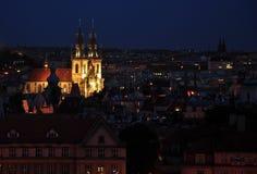 Praga entro la notte Immagine Stock