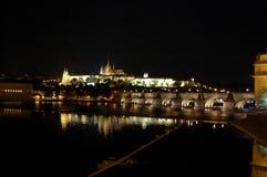 Praga entro la notte Fotografia Stock