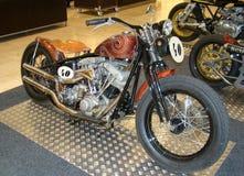 PRAGA - 13 FEBBRAIO: Retro motociclo di corsa. 13 febbraio 2013 Immagine Stock