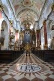 Praga - interiore della chiesa delle gesuite fotografia stock