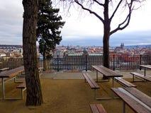 Praga, jardín de la cerveza Fotos de archivo libres de regalías