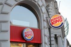 Praga; La repubblica Ceca; 15 ottobre 2017: Insegne di Burger King Immagini Stock