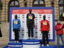 Praga Maraton mezzo Medailists Fotografie Stock