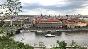 Praga miasta Stary widok z naprzeciw Vltava rzeki zbiory