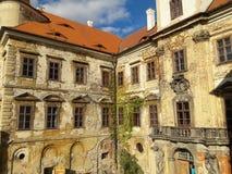 Praga muzeum ściany Christ inauguracja odnawił gothic ossuary tkaczów statuy deathes z anioł statuą fotografia stock