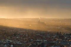Praga nel tramonto Fotografie Stock Libere da Diritti