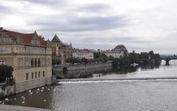 Praga panorama nad Vltava rzeką w republika czech Zdjęcia Royalty Free