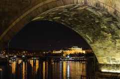 Praga po zmierzchu europejczycy zdjęcia stock