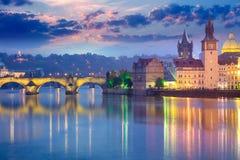 Praga punkty zwrotni przy wieczór, Europa Obraz Stock