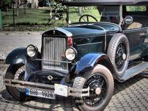 PRAGA - Raza y deportes hist?ricos HRADEC automotriz KRALOVE- CHECO rep?blica fotografía de archivo libre de regalías
