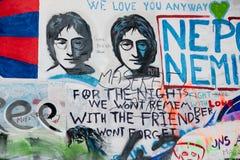 PRAGA, REPÚBLICA CHECA - 24 DE ABRIL DE 2017: Pared de John Lennon imagen de archivo libre de regalías