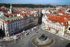 PRAGA, REPÚBLICA CHECA - 24 DE AGOSTO DE 2016: Vista panorámica de viejo Foto de archivo libre de regalías