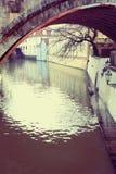 Praga, República Checa - 27 de enero de 2014: Río del diablo, poca Venecia en Praga Foto de archivo
