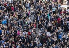 PRAGA, REPÚBLICA CHECA - 15 DE MAIO DE 2017: Demonstração no quadrado de Praga Wenceslas contra o governo e o Babis atuais Imagem de Stock