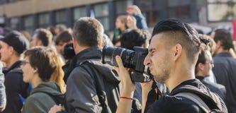 PRAGA, REPÚBLICA CHECA - 15 DE MAYO DE 2017: Demostración en el cuadrado de Praga Wenceslao contra el gobierno y el Babis actuale Imágenes de archivo libres de regalías