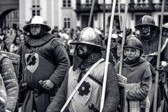 PRAGA, REPÚBLICA CHECA - 4 DE SEPTIEMBRE DE 2016: Pasto acorazado de los caballeros Imágenes de archivo libres de regalías