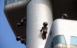 PRAGA, REPÚBLICA CHECA - detalle del primer de la torre de la ciudad TV Fotos de archivo