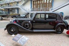 PRAGA, REPÚBLICA CHECA - EM MAIO DE 2017: Carro Tatra 80 1935 anos, em Nat Foto de Stock Royalty Free