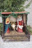 Praga, República Checa, enero de 2015 Composición de la Navidad debajo del árbol en la ciudad vieja fotografía de archivo libre de regalías