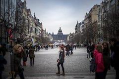 PRAGA, REPÚBLICA CHECA - 5 DE MARZO DE 2016: Ciudad vieja en Praga, República Checa el 5 de marzo de 2016 Foto de archivo