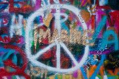 PRAGA, REPUBBLICA CECA - 24 APRILE 2017: Parete di John Lennon Fotografia Stock Libera da Diritti