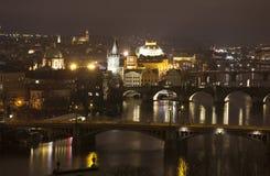 PRAGA, REPUBBLICA CECA - 20 DICEMBRE 2015: Foto della notte Praga Fotografia Stock Libera da Diritti