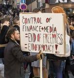 PRAGA, REPUBBLICA CECA - 15 MAGGIO 2017: Dimostrazione sul quadrato di Praga Wenceslas contro il governo e il Babis correnti Fotografia Stock