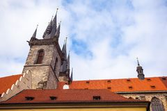 25 01 2018 Praga, repubblica Ceca - quadrato di Città Vecchia e chiesa o Fotografia Stock Libera da Diritti