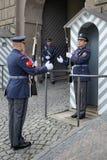 PRAGA, REPUBLIC/EUROPE CECO - 24 SETTEMBRE: Guardia in servizio a Fotografia Stock