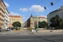 Praga republika czech jasnego lata uliczny ranek zdjęcie stock