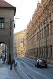 Praga republika czech jasnego lata uliczny ranek obraz royalty free