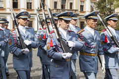 PRAGA, republika czech - WRZESIEŃ 02, 2015: Fotografia gwardia honorowa przy Praga kasztelem Zdjęcie Stock