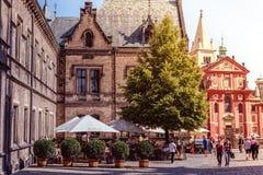 PRAGA, republika czech - WRZESIEŃ 07, 2016: Powabna restauracja Zdjęcia Stock