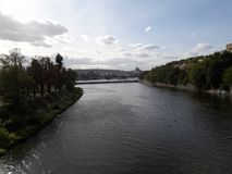 Praga rzeka odnawił gothic ossuary tkaczów statuy deathes zdjęcie stock