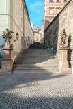 Praga - Starzy Grodowi schodki Obraz Royalty Free