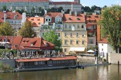 Praga, vista dal ponticello del Charles Fotografia Stock Libera da Diritti