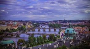 Praga y sus puentes Imágenes de archivo libres de regalías