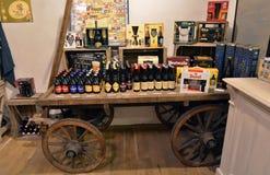 Prague öl shoppar Arkivfoto