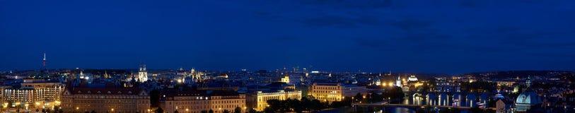 Prague aftonpanorama Royaltyfri Foto
