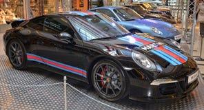 PRAGUE - APRIL 14: Porsche 911 991 Arkivfoton